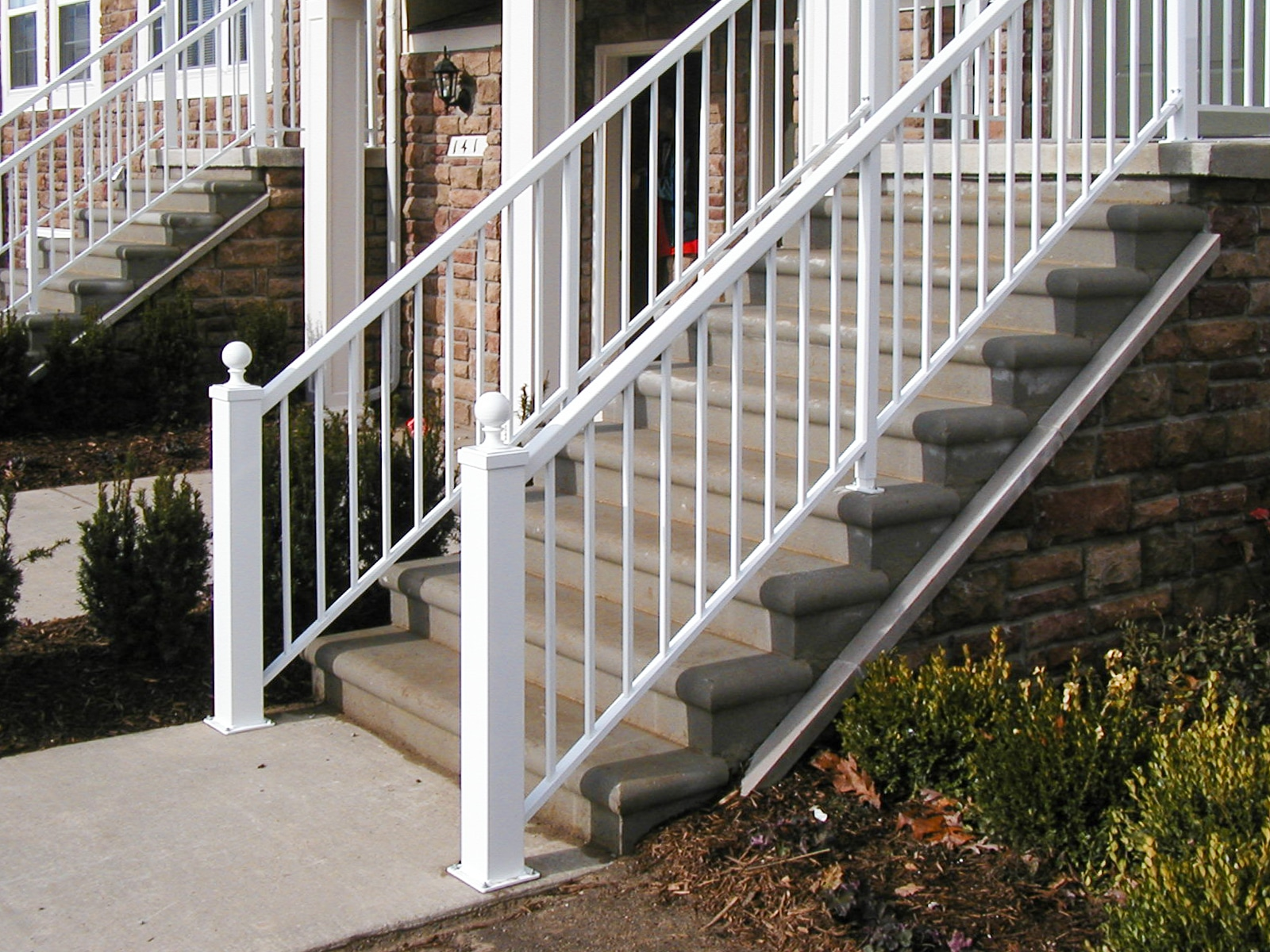 ACR4500® hand rails in White (PCT80303)